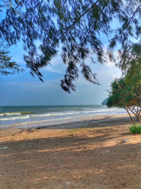 Farbenspiel im November Chumphon Thailand