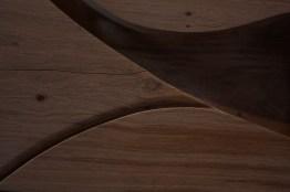 holzkunst-couchtisch-skulptur