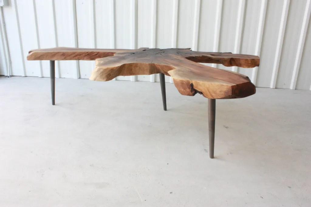 Walnuss-Wurzel-Tisch