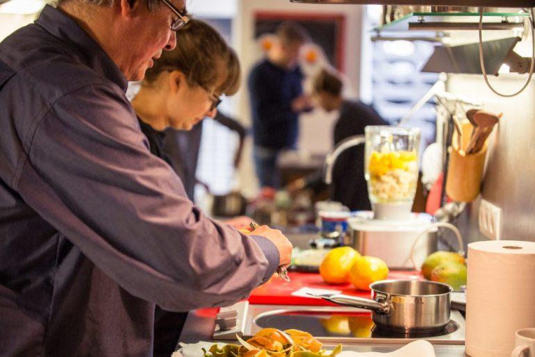 FEED YOUR FITNESS_Frühstück verbindet gemeinsam kochen
