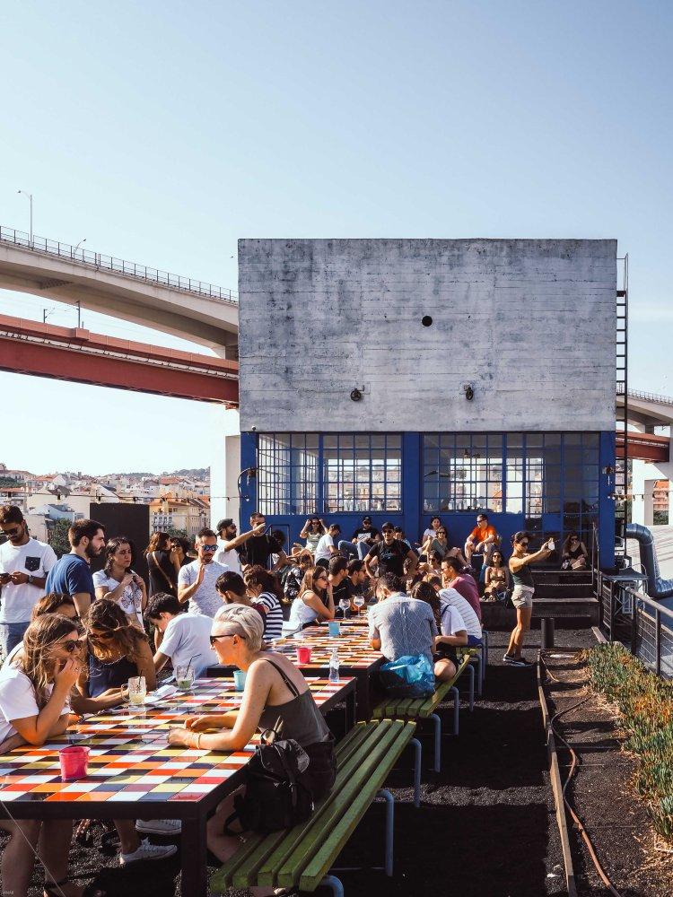 Lissabon Food Guide auf lebensverliebt.de, LX factory Rooftop Bar
