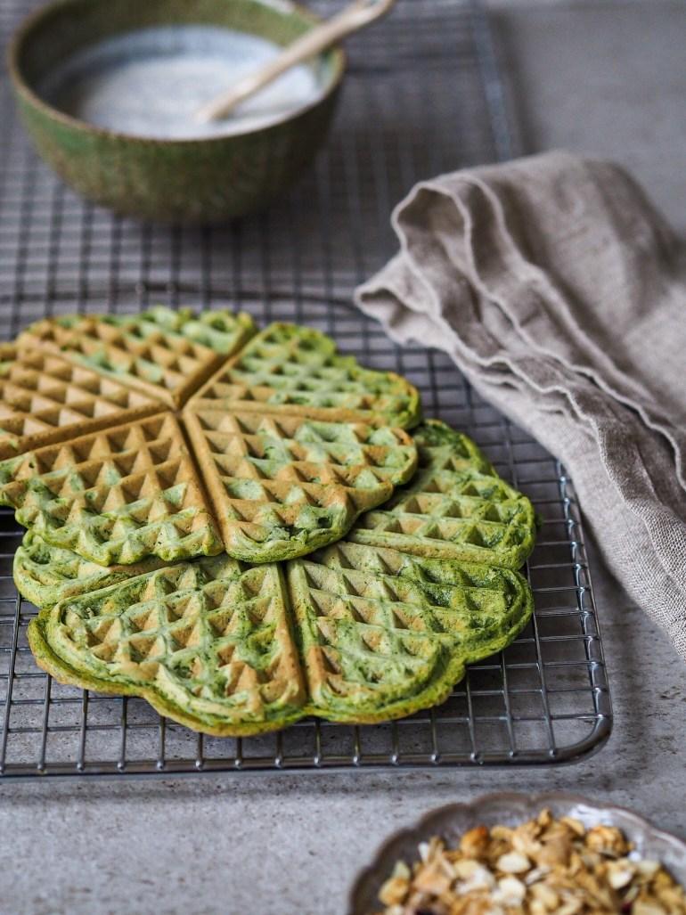 Rezept für vegane Waffeln mit Spinat auf Lebensverliebt.de