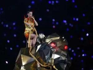 Katy-Perry-Halftime-Show-SB49-2015