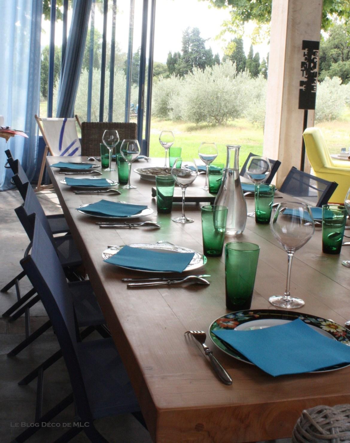 déclinaison-bleu-deco-maison-table-deco