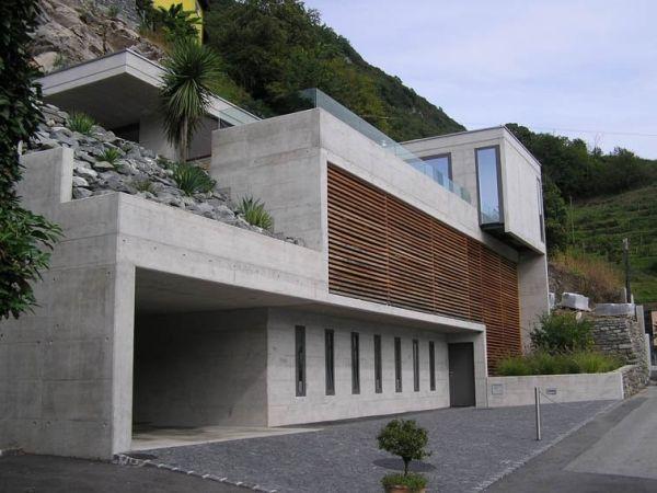 Villa-design-architecture-maison-flanc-montagne