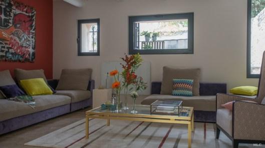 maison-provencale-salon-orange-arty-mlc-design