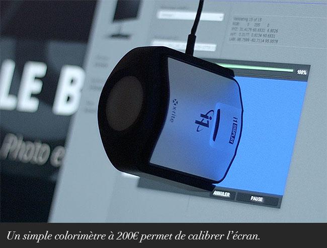 Un simple colorimètre à 200€ permet de calibrer l'écran.