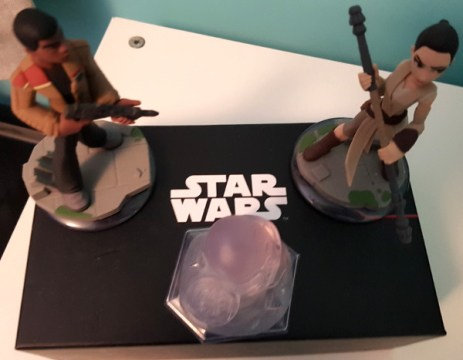 deco-chambre-star-wars-figurines
