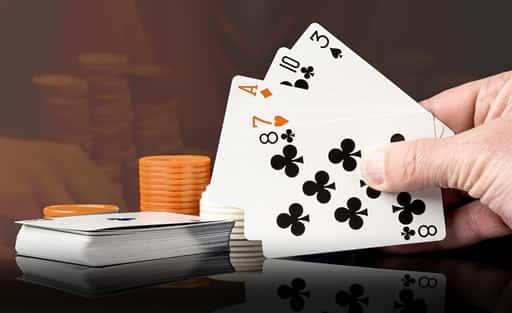 ポーカーが根強い人気