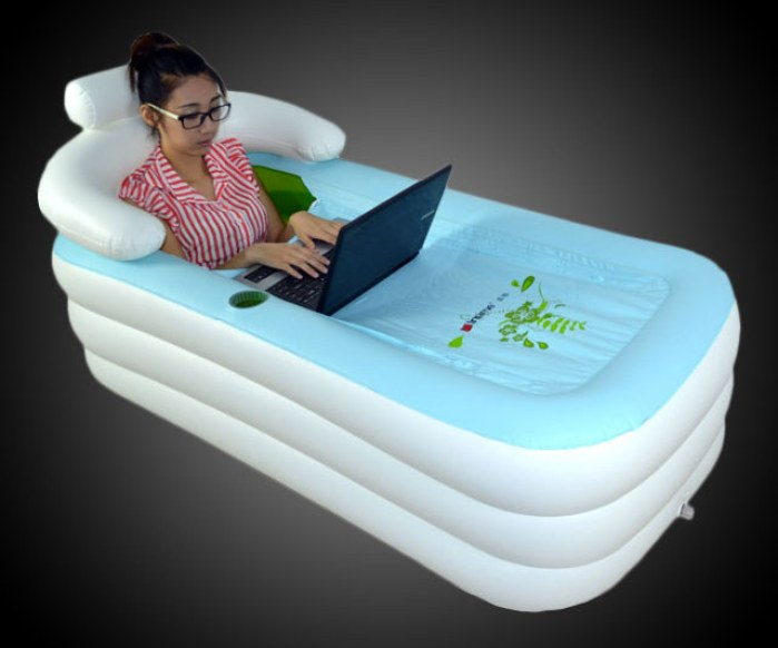 baignoire gonflable pour prendre un bain o vous le souhaitez. Black Bedroom Furniture Sets. Home Design Ideas