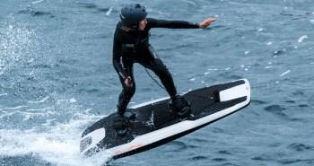 Awake RÄVIK – Une planche de surf électrique ultra rapide