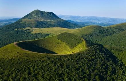 O Puy de Dome, desde os gauleses o rei dos vulcões da Auvergne.