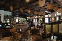 O Bar do Raffles