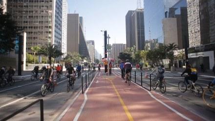 A Paulista entrega a pedestres e ciclistas