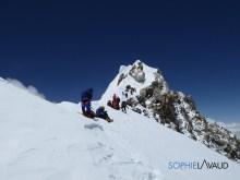 shoulder before summit ridge