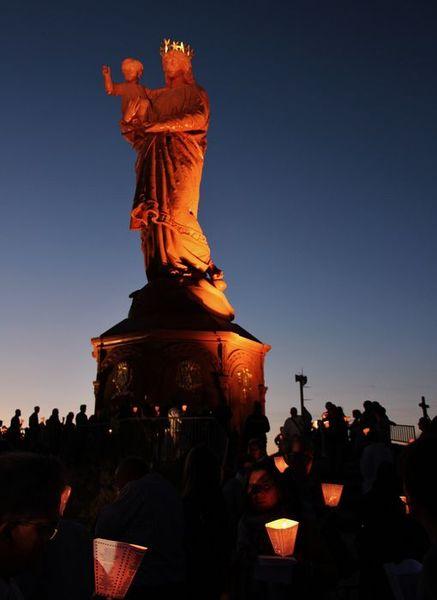 Statue de Notre-Dame de France