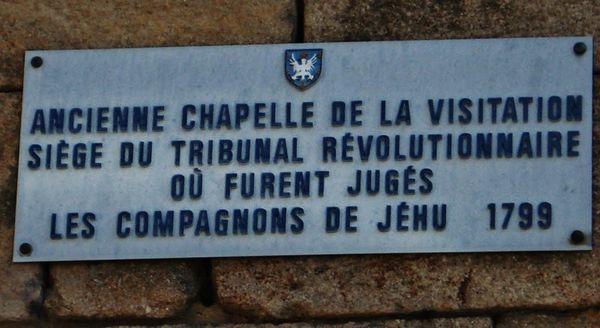 Plaque apposée sur la façade de l'ancienne chapelle de la Visitation au Puy