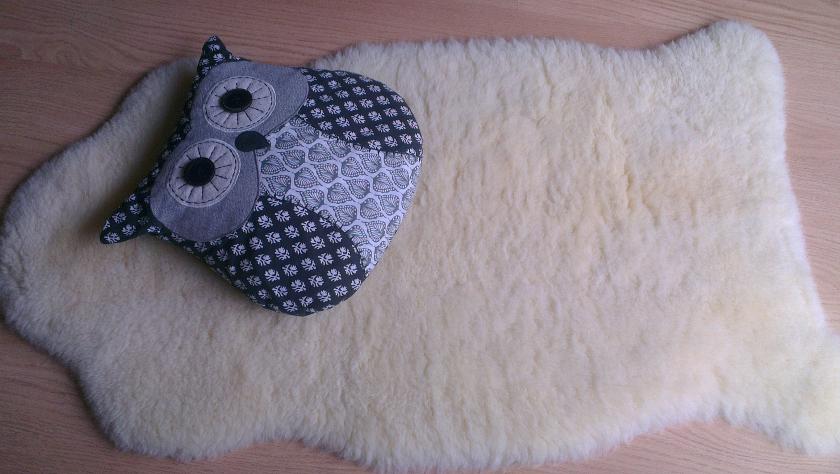 test avis la peau d agneau b b au naturel une fille d 39 avril. Black Bedroom Furniture Sets. Home Design Ideas