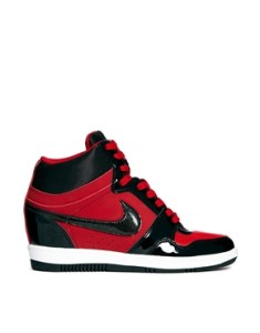 Nike assos