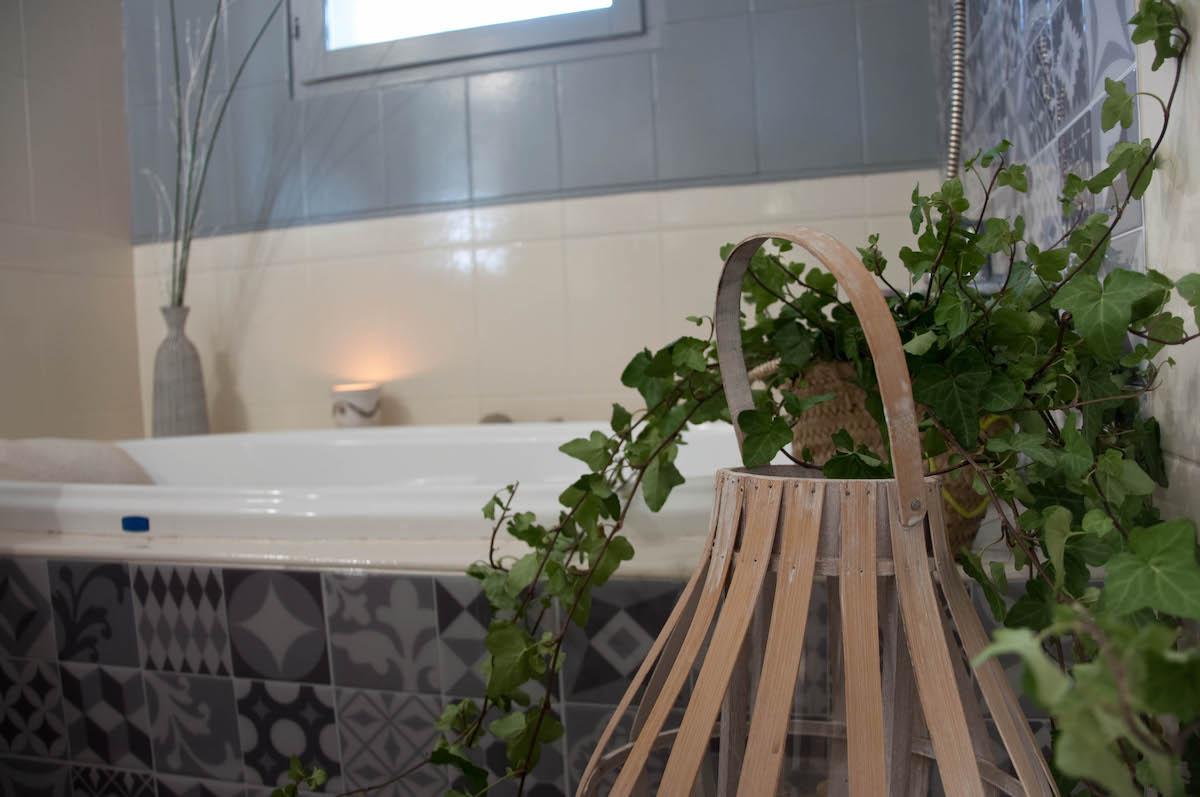 salle de bain-carreaux adhésifs- careaux de ciment