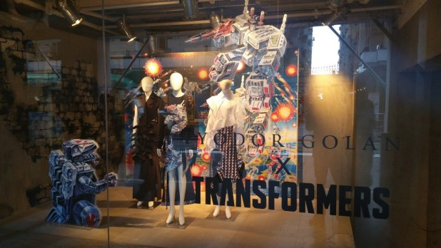 IT Apparel Ty odor Golan X Transformers