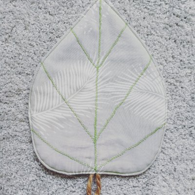 Fall Sewing Project – Leaf Pot Holder
