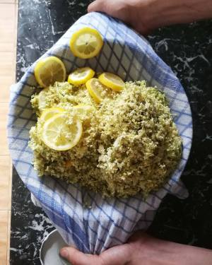 elderflower syrup mixture straining