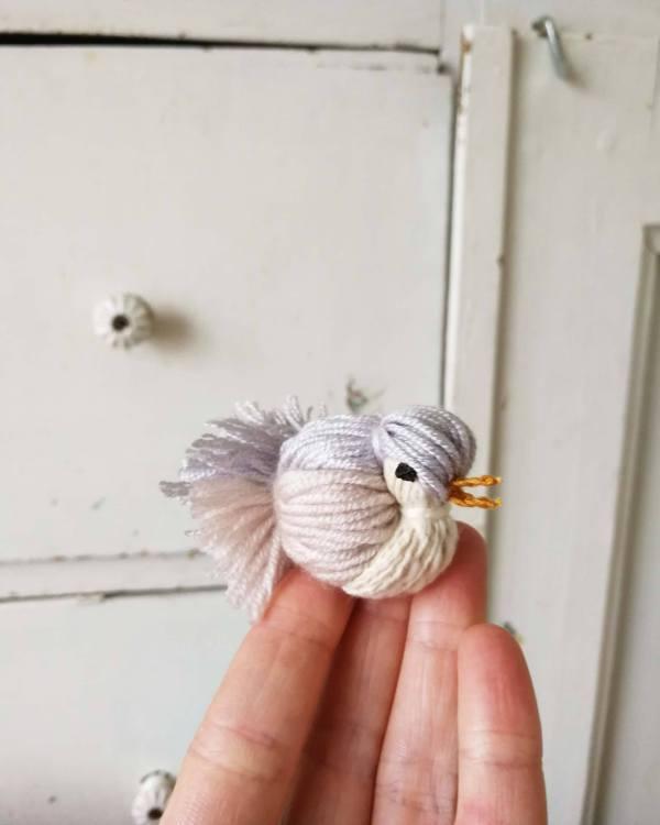 easy yarn bird tutorial