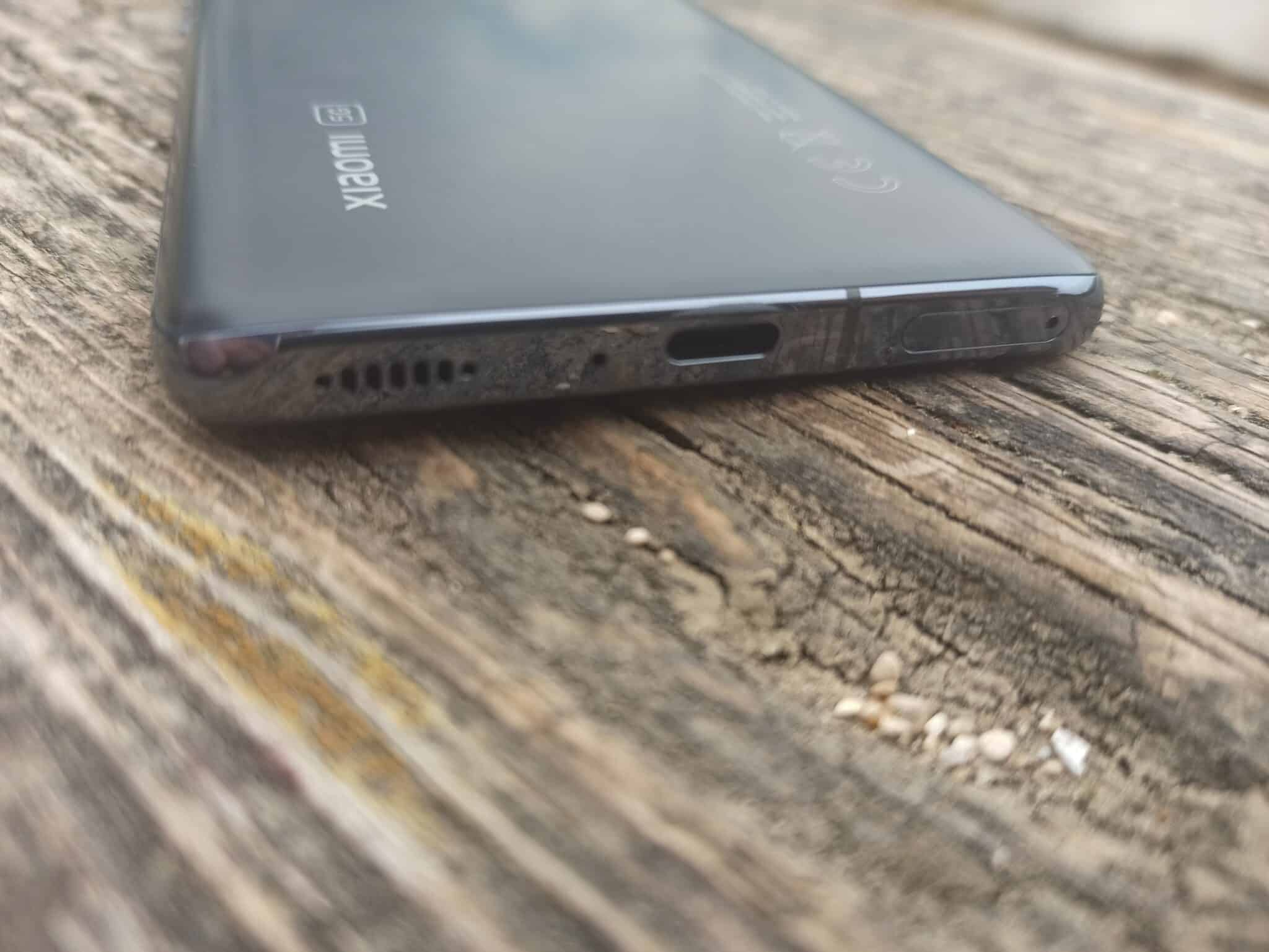 Mi 11 prise USB C et micro avec haut parleur