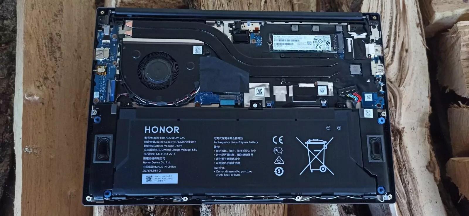 Honor magic book 14 démonté