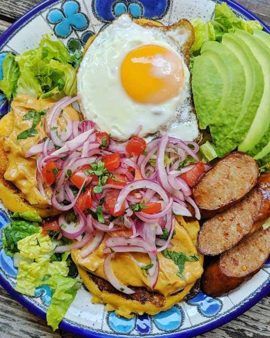 comidas-tipicas-del-ecuador_llapingachos