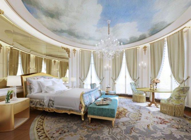 El emblemático Hotel Mandarin Oriental Ritz de Madrid este próximo verano volverá abrir sus puertas, tras haber estado dos años cerrado.