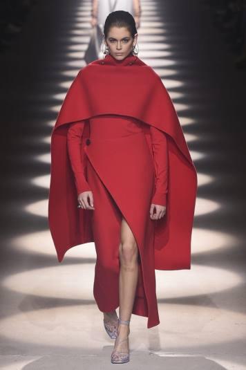 fashion-week-paris-Givenchy-Kaia-Gerber