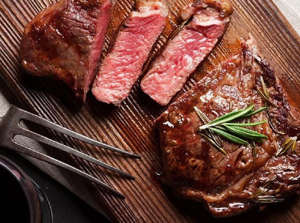 Preparar un buen asado tiene su secretos, y aquí te enseñaremos algunos para un excelente asado a la plancha. Ingresa.