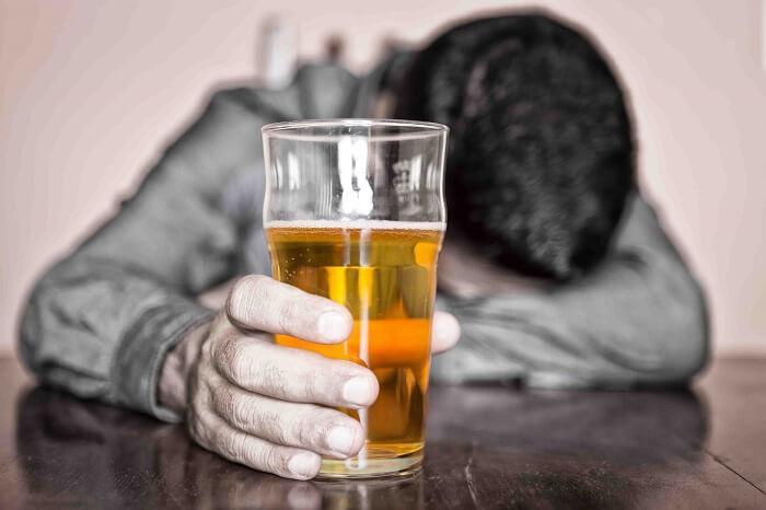 Капли от алкоголизма: названия и цены. Капли от алкоголизма: перечень и выбор