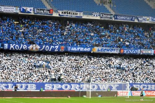 (20) kociol doping kibice caly stadion w barwach