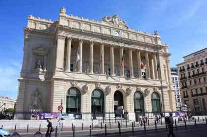 palais-de-la-bourse-marseille-03