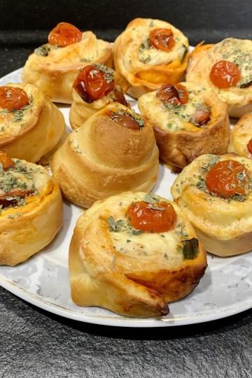 Wurstschnecken mit Käse