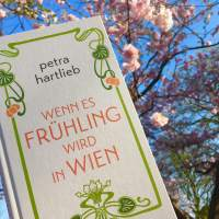 [Rezension] Petra Hartlieb: Wenn es Frühling wird in Wien