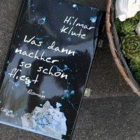 Rezension Debütroman von Hilmar Klute