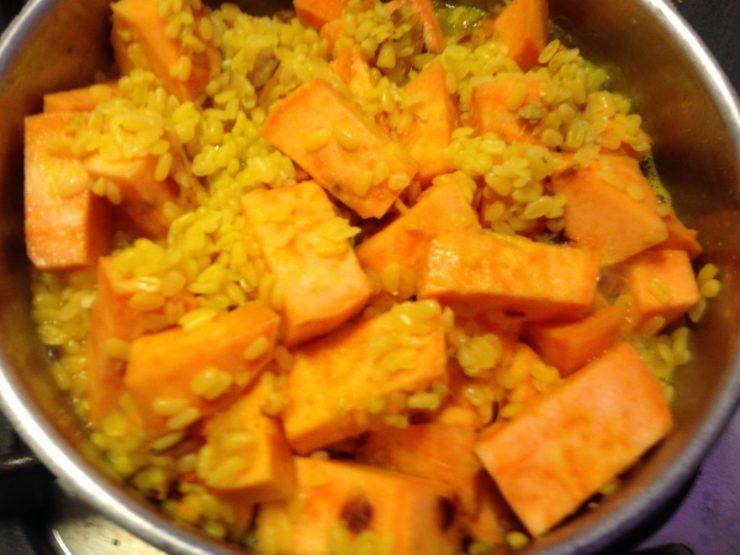 Mung Dal mit Süßkartoffeln