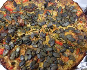 Kürbis Lauch Frittata mit Tomaten
