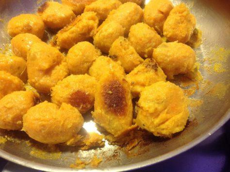 Süßkartoffel Gnocchi goldbraun braten