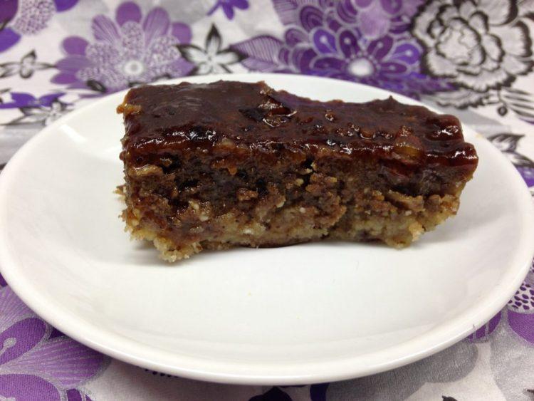 Mohnkuchen mit Mandelboden und Dattel Cashew Mohnpaste, vegan, glutenfrei