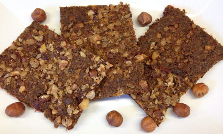 Rohkost Brot mit Rote Bete, Haselnüssen und Za'atar