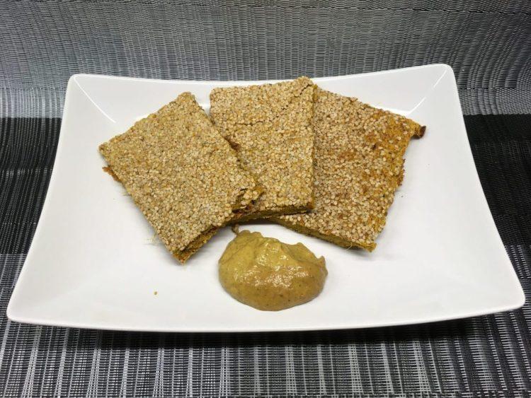 Süßkartoffel Karotten Rohkost Brot mit Sesam
