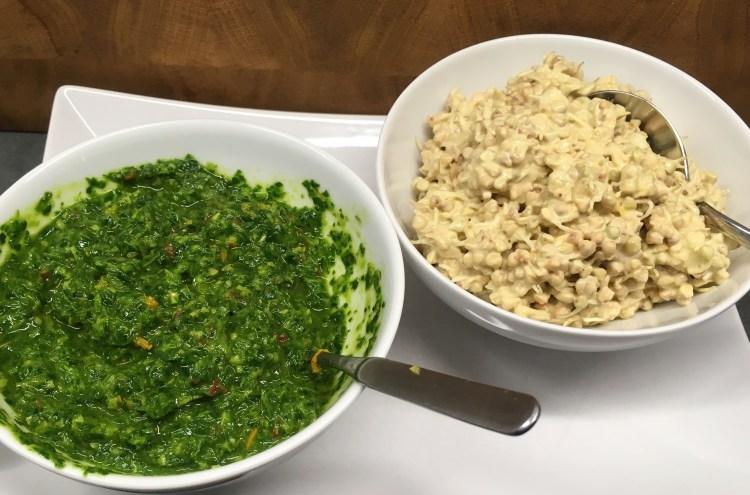 Rawsotto aus Buchweizen Sprossen mit Safran Tahini Dressing und Gremolata