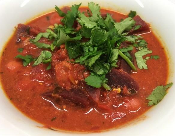 Rote Bete Curry mit Kichererbsen und Kokosmilch