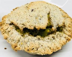 Kokos Tartelettes mit Brokkoli, Tofu Ricotta und Hanf Pesto