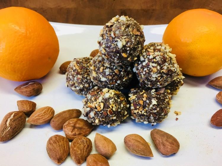 Mandel Mohn Energiebällchen mit Ingwer und Orange